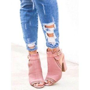 Shoes - Mauve buckle heeled sandals